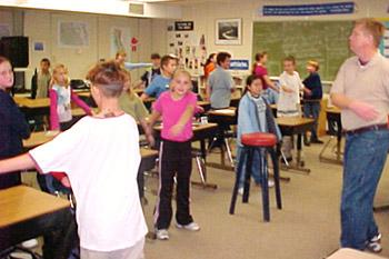 physicalActivitiesClassroom03